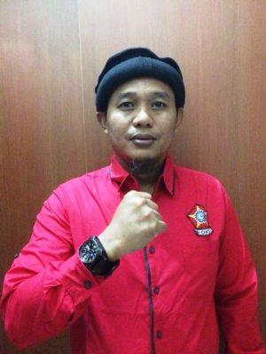 Mengejutkan..DPD I Golkar Tunjuk Asari Syafii jadi Plt Ketua Golkar Kota Jambi