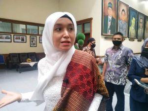 Optimis Diusung PDIP di Pilgub Jambi, Ratu Munawaroh: Yakin Dong, Merdeka!