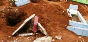 Heboh,  Makam Warga yang Disebut