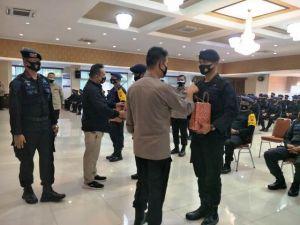 Irjen Pol Firman Sambangi Pasukan Elit Polda Jambi di Polda Metro Jaya: Jaga Kesehatan