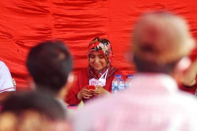 Ratu Munawaroh dalam acara sosialisasi di Tebo