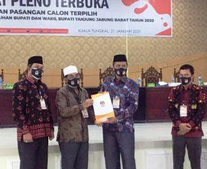 Kado Istimewa di Harlah, KPU Tanjabbar Tetapkan UAS - Hairan Bupati dan Wabup Terpilih