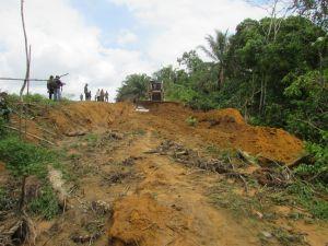 Alat Berat Mulai Bekerja di Jalan Penghubung Mekar Jaya dan Talang Belido
