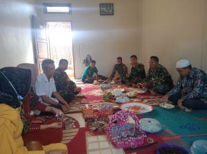 Satgas TMMD Kodim 0415/Batanghari Penuhi Undangan Arisan Warga Mekar Jaya