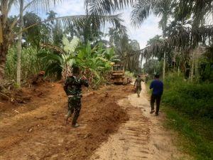 Satgas 110 Kodim 0415 Lanjutkan Pembukaan dan Jalan Mekar Jaya- Talang Belido