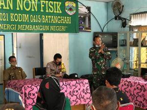 Kapten Inf Suyadi Berikan Sosialiasi  Bahaya Teroris dan Radikalisme