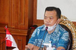 Pimpin Rapat Penanganan Covid-19, Gubernur Al Haris Targetkan Lakukan Testing 3500 Orang Per Minggu