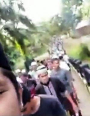 Tolak Bala dan Wabah, Masyarakat Rantau Panjang Doa Tahlil Berjalan Keliling Kampung