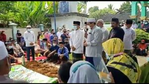 HBA Antar Hasip  Kalimuddin Syam ke Peristirahatan Terakhir di Matagoal Batanghari