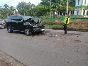 Mobil yang Membawa Bupati Mashuri Kecelakaan di Batanghari