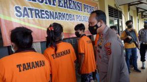 Polres Bungo Amankan 6 Pelaku Penyalahgunaan Narkoba, Satu Orang  Sedang Hamil
