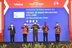 Borong 3 Penghargaan Sekaligus, Fasha Raih Top Pembina BUMD