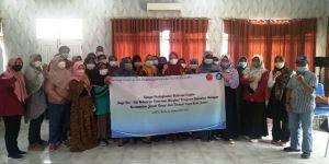 Tim Pengabdian FE Unja Motivasi Ibu-Ibu Penerima PKH di Telanaipura untuk Berwirausaha Lewat KUBE