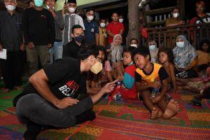 Sambangi Warga SAD di Sarolangun, Mendikbudristek RI : Nama Saya Nadiem