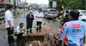 Oprit Jembatan di Jalan Gajah Mada Jelutung Tergerus Air, PUPR Provinsi Jambi : Kini Diperbaiki